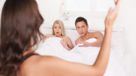 mơ thấy chồng bạn ngủ với người phụ nữ khác